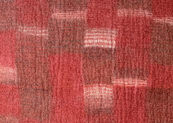 tapis feutre rouge détail matière