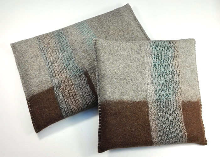 Coussins en feutre de laine fait-main Brun bleuté
